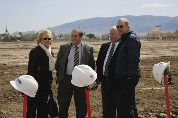 Skyridge groundbreaking: (l-r) Board Members JoDee Sundberg and John Burton, Mayor Bert Wilson, and (former) Superintendent Vern Henshaw.